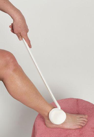 Swiveling Sponge Lotion Applicator